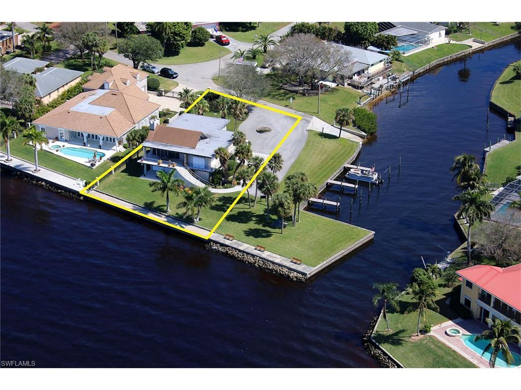 22 Georgetown, Fort Myers, FL 33919 (#216061475) :: Homes and Land Brokers, Inc