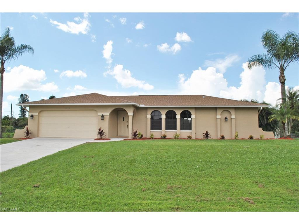 1840 Pine Wood Ct, Fort Myers, FL 33905 (MLS #216061526) :: The New Home Spot, Inc.