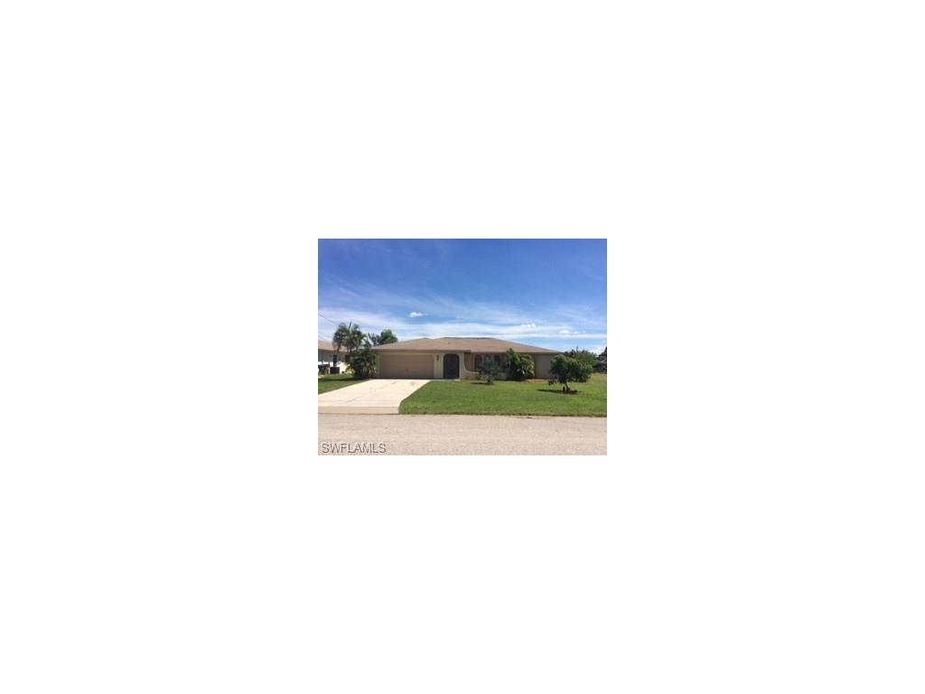 1513 SE 10th Pl, Cape Coral, FL 33990 (#216061646) :: Homes and Land Brokers, Inc