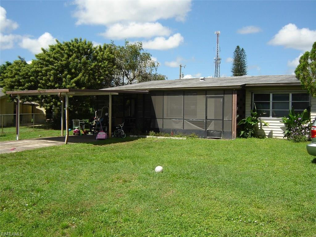 511 Jersey Rd W, Lehigh Acres, FL 33936 (MLS #216061658) :: The New Home Spot, Inc.