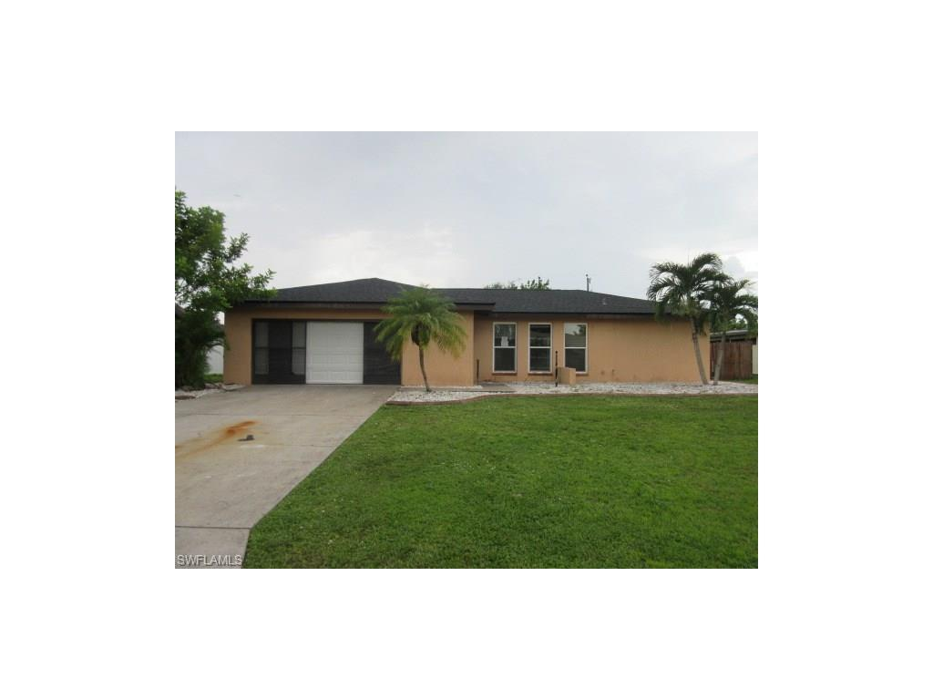 1206 SE 34th Ter, Cape Coral, FL 33904 (#216061688) :: Homes and Land Brokers, Inc