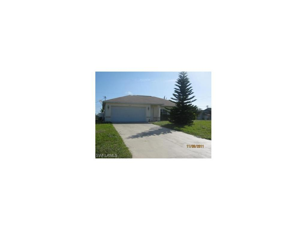 1619 NE 12th Pl, Cape Coral, FL 33909 (#216061727) :: Homes and Land Brokers, Inc