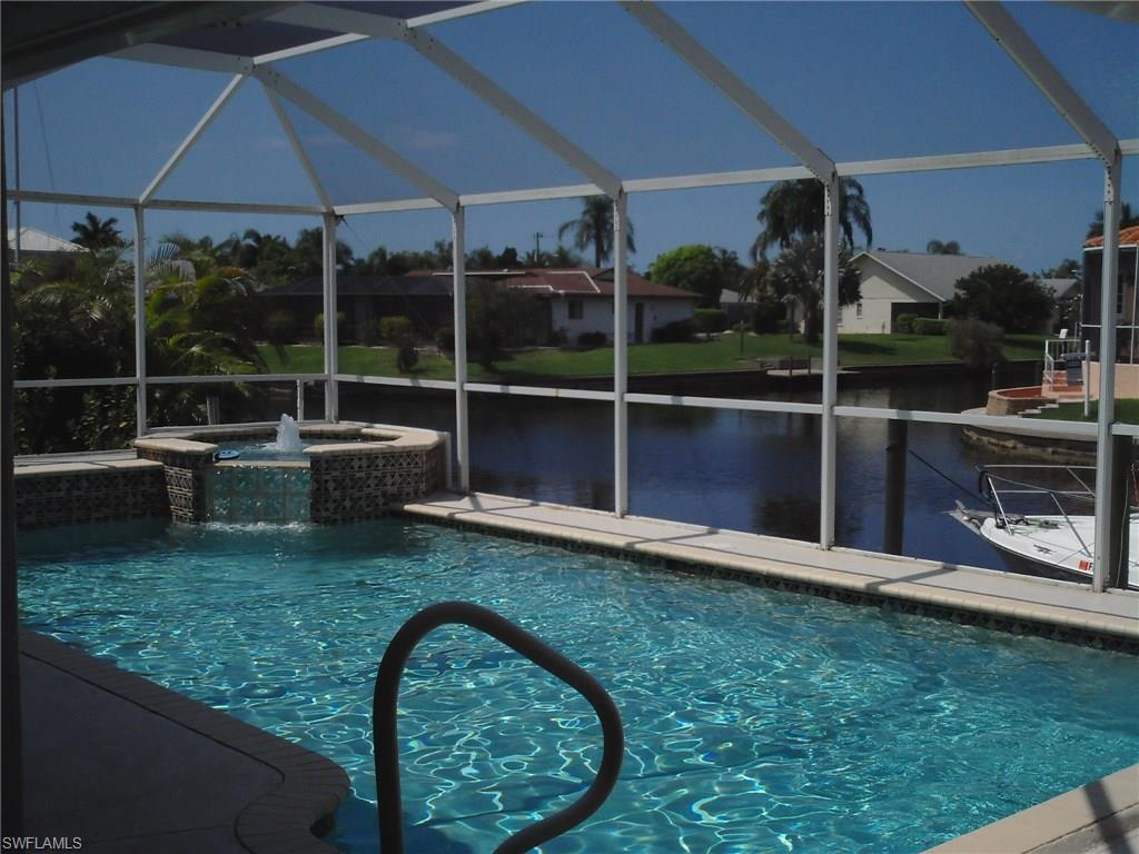 821 SW 54th Ln, Cape Coral, FL 33914 (#216061732) :: Homes and Land Brokers, Inc