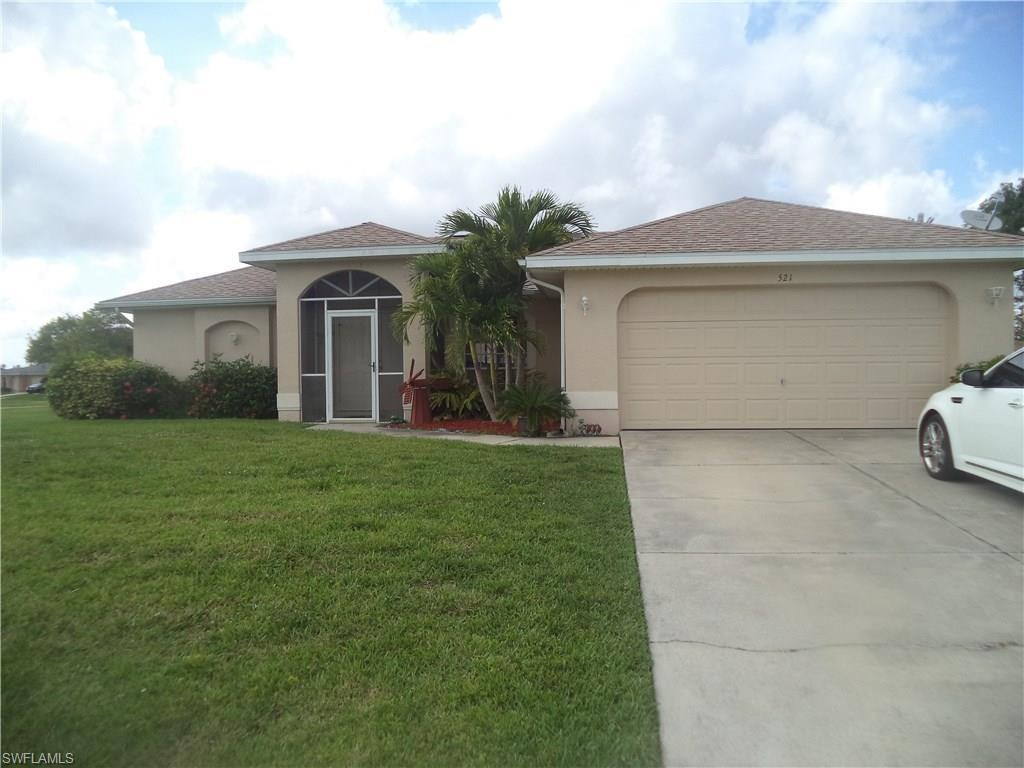 521 SE 1st St, Cape Coral, FL 33990 (#216061924) :: Homes and Land Brokers, Inc