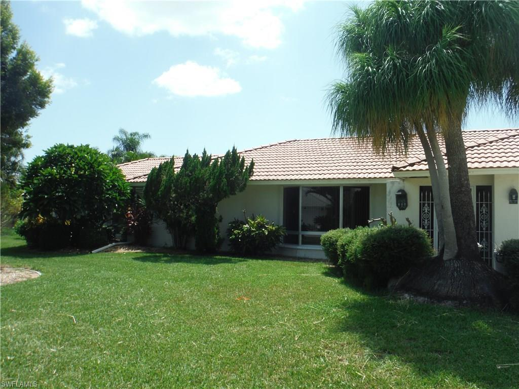 3010 SE 19th Ave, Cape Coral, FL 33904 (#216061950) :: Homes and Land Brokers, Inc