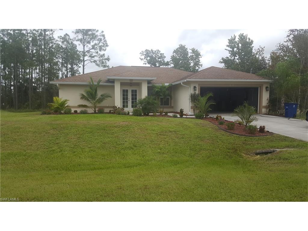 523 Fairfax Ave, Lehigh Acres, FL 33974 (MLS #216061962) :: The New Home Spot, Inc.