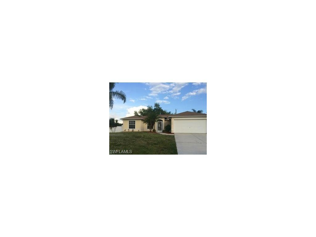 117 NE 6th Pl, Cape Coral, FL 33909 (#216062024) :: Homes and Land Brokers, Inc