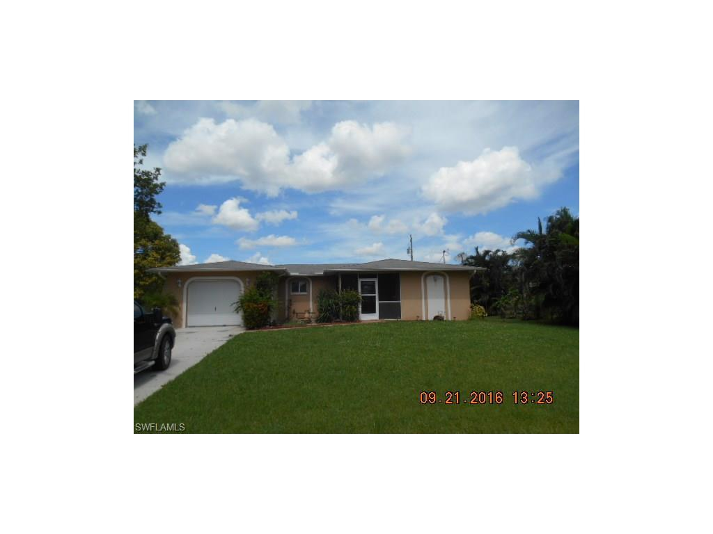 1705 SE 19th Ln, Cape Coral, FL 33990 (#216062116) :: Homes and Land Brokers, Inc