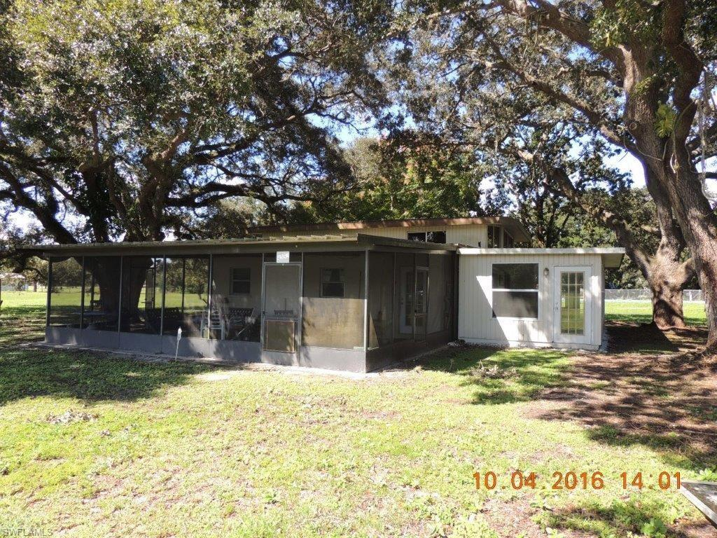 4552 Russe Ln, FORT DENAUD, FL 33935 (MLS #216062312) :: The New Home Spot, Inc.