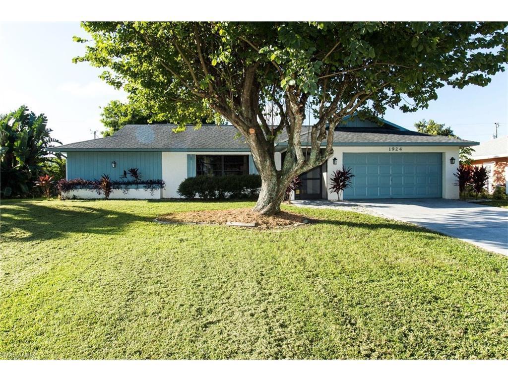 1924 Bolado Pky, Cape Coral, FL 33990 (MLS #216062473) :: The New Home Spot, Inc.