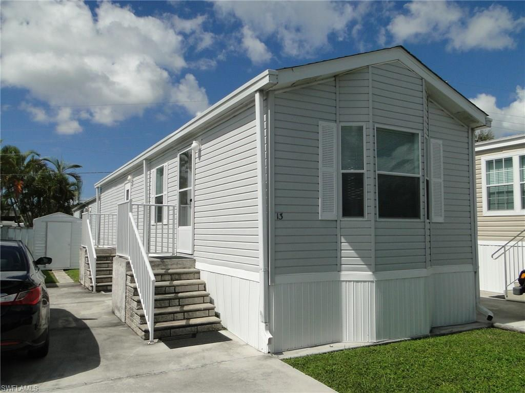 13 Helen Ln, Fort Myers Beach, FL 33931 (#216062661) :: Homes and Land Brokers, Inc