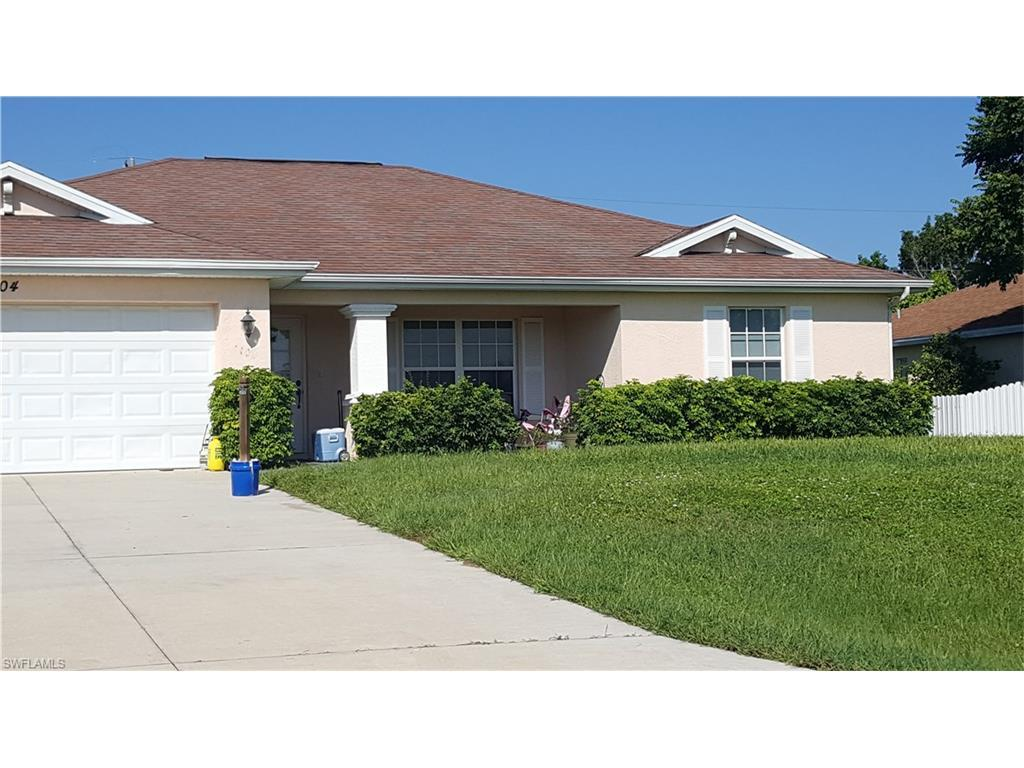 2104 NE 2nd Pl, Cape Coral, FL 33909 (#216062667) :: Homes and Land Brokers, Inc