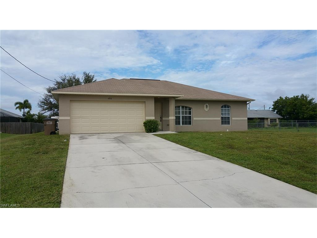 480 NE 3rd Ct, Cape Coral, FL 33909 (#216062684) :: Homes and Land Brokers, Inc