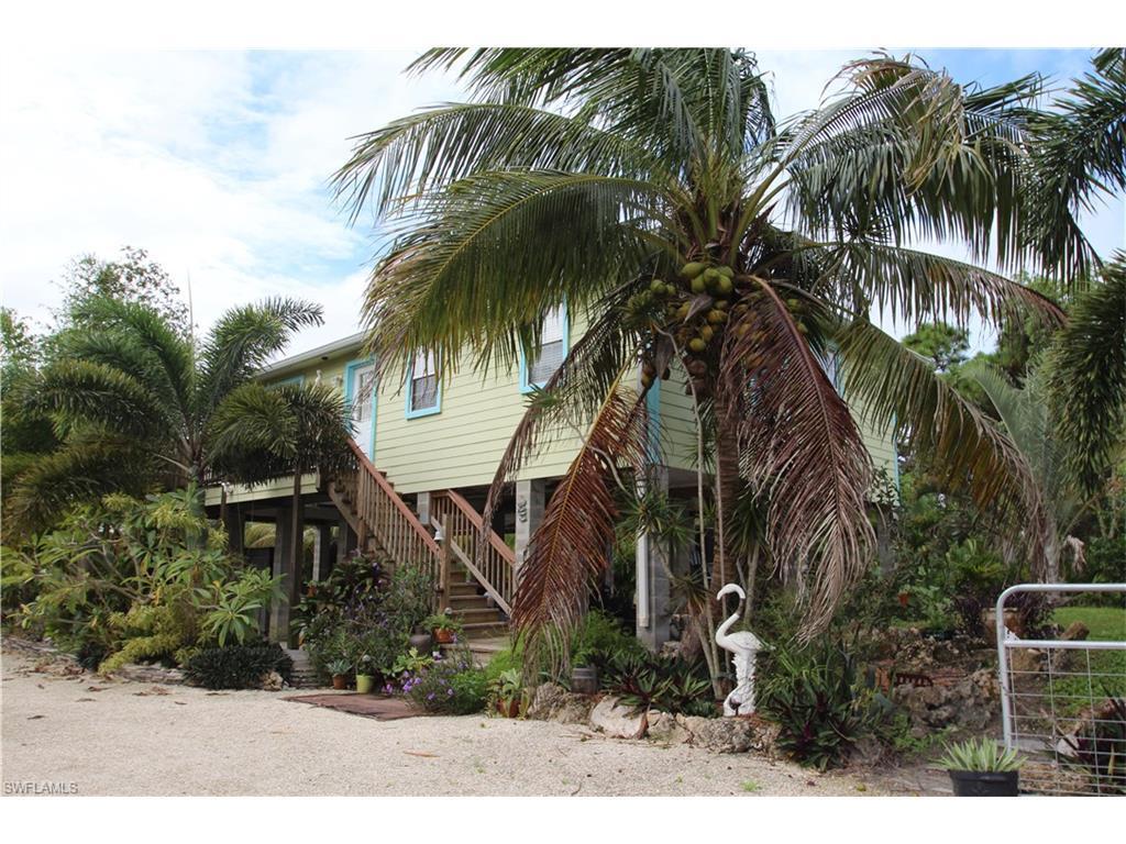 6527 Fuller Dr, Bokeelia, FL 33922 (MLS #216062705) :: The New Home Spot, Inc.