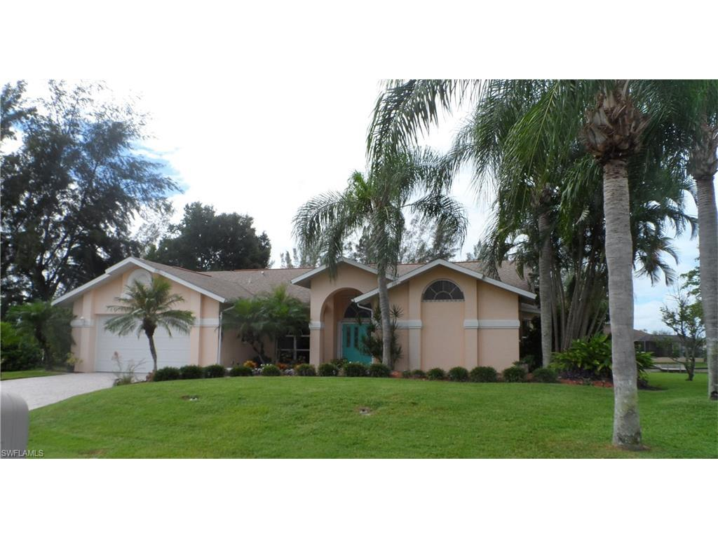 1114 SW 15th St, Cape Coral, FL 33991 (MLS #216062790) :: The New Home Spot, Inc.