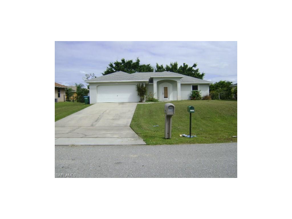 1803 SW 1st Pl, Cape Coral, FL 33991 (MLS #216062791) :: The New Home Spot, Inc.