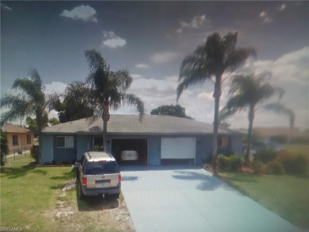 2903 Santa Barbara Blvd, Cape Coral, FL 33914 (MLS #216062845) :: The New Home Spot, Inc.