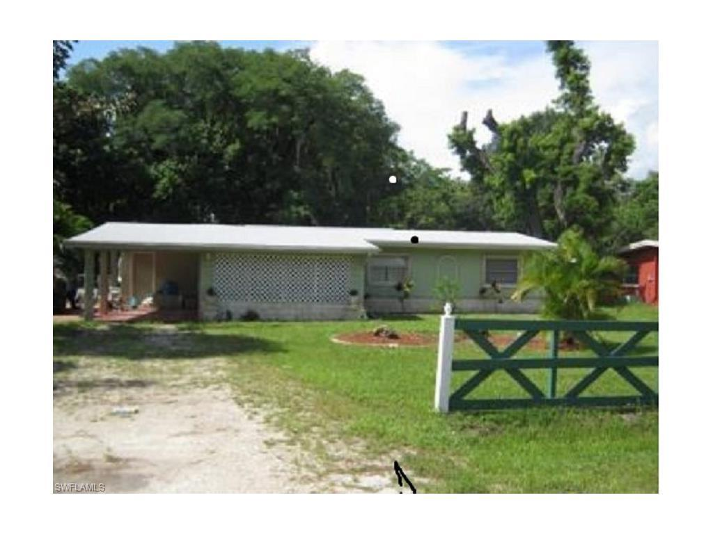 227 Rose St, North Fort Myers, FL 33903 (#216062971) :: Homes and Land Brokers, Inc