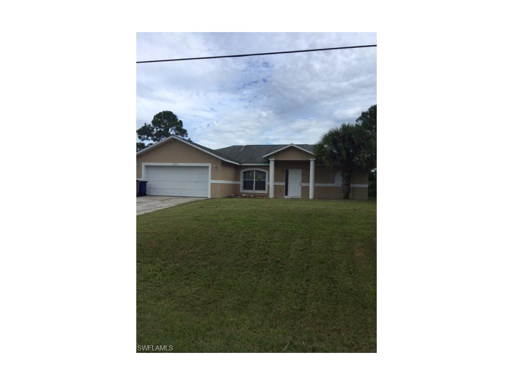 2816 36th St SW, Lehigh Acres, FL 33976 (MLS #216063086) :: The New Home Spot, Inc.