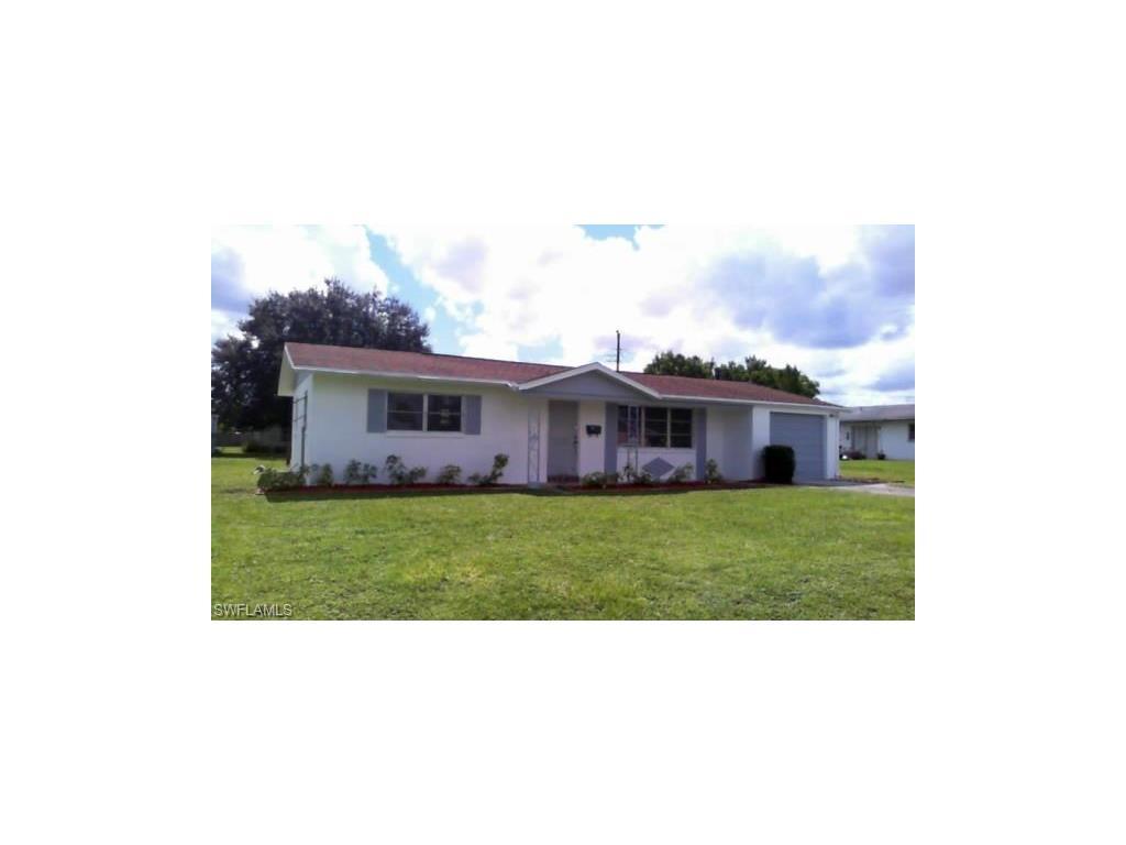 102 Texas Rd, Lehigh Acres, FL 33936 (MLS #216063261) :: The New Home Spot, Inc.