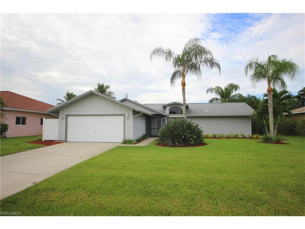 616 SE 31st St, Cape Coral, FL 33904 (#216063273) :: Homes and Land Brokers, Inc