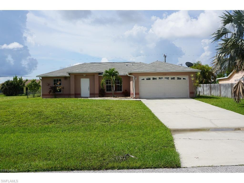1118 SW 40th Ter, Cape Coral, FL 33914 (#216063330) :: Homes and Land Brokers, Inc