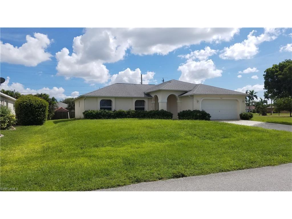 313 SE 5th Ave, Cape Coral, FL 33990 (MLS #216063483) :: The New Home Spot, Inc.