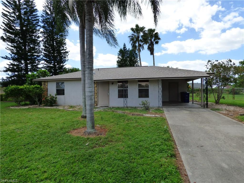 10750 Cocoatree Ct, Lehigh Acres, FL 33936 (#216063562) :: Homes and Land Brokers, Inc