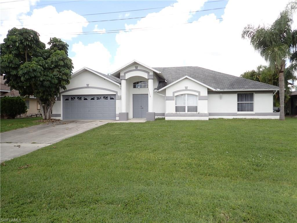 2232 SE 11th Pl, Cape Coral, FL 33990 (#216063579) :: Homes and Land Brokers, Inc