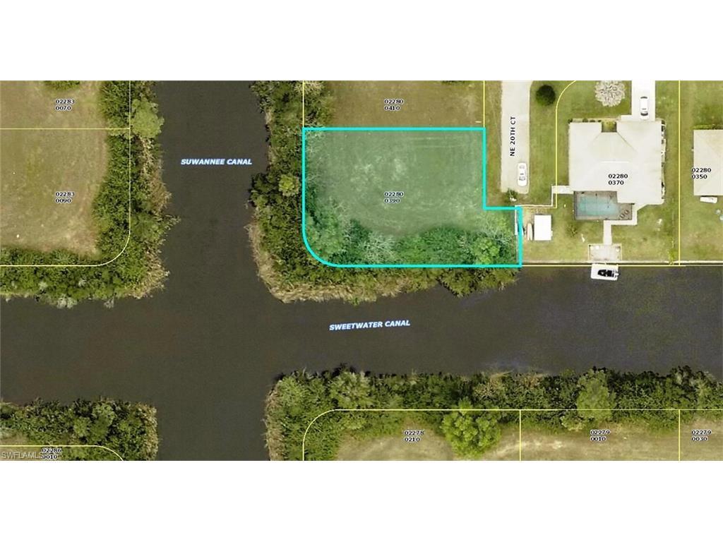 2714 NE 20th Ct, Cape Coral, FL 33909 (MLS #216063622) :: The New Home Spot, Inc.