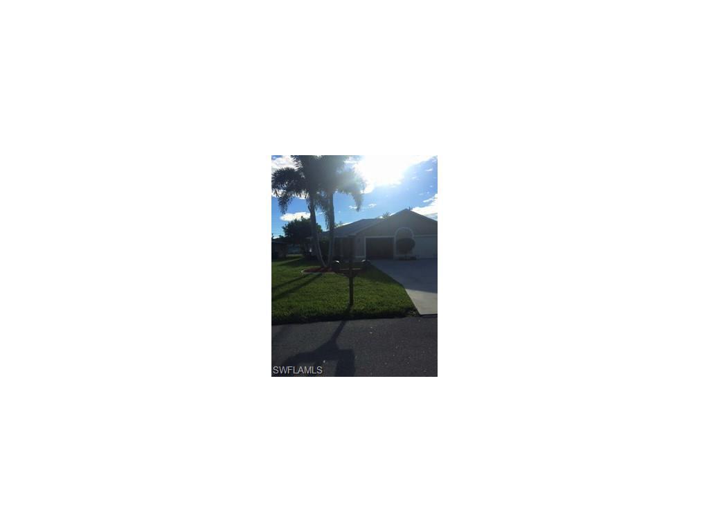 3733 SW Santa Barbara Pl, Cape Coral, FL 33914 (MLS #216063674) :: The New Home Spot, Inc.