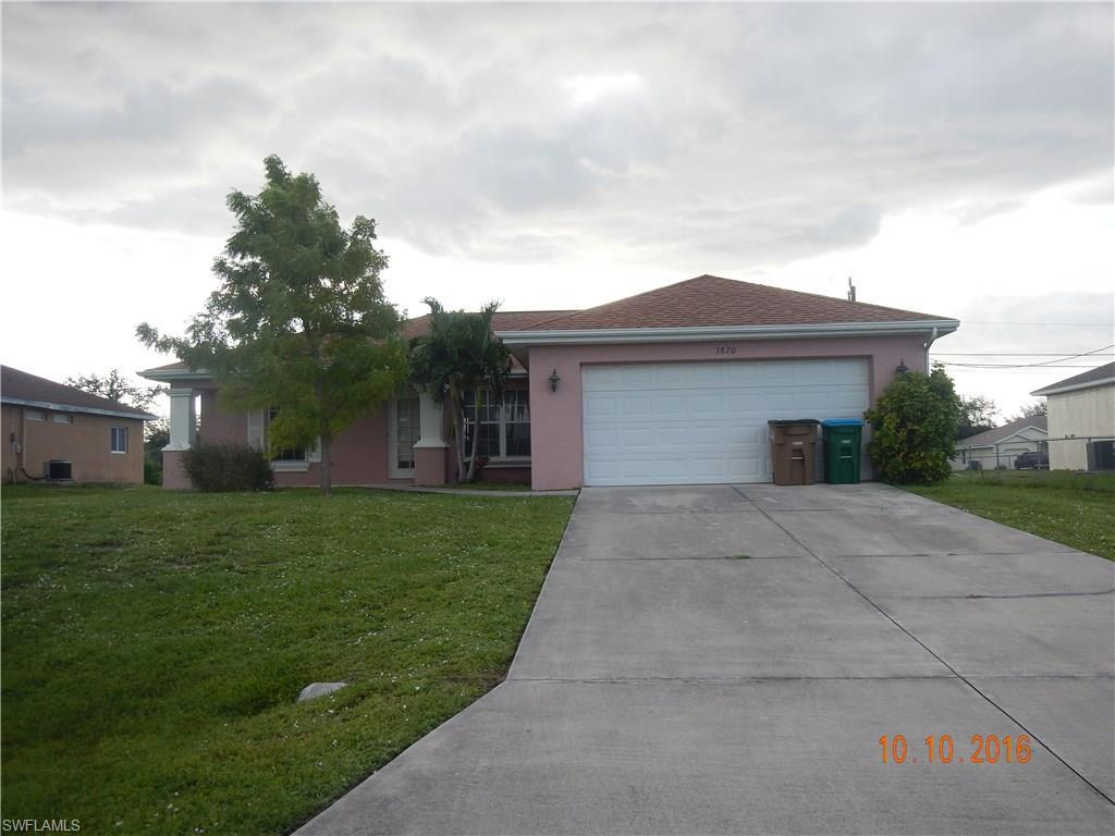 3820 SW 8th Pl, Cape Coral, FL 33914 (#216063719) :: Homes and Land Brokers, Inc