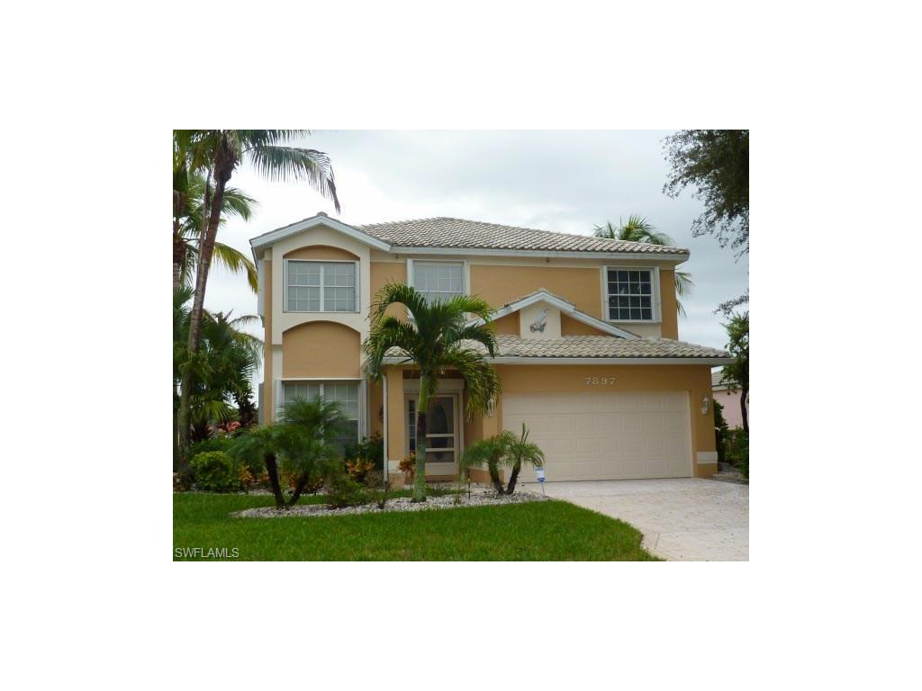7897 Cameron Cir, Fort Myers, FL 33912 (#216063740) :: Homes and Land Brokers, Inc