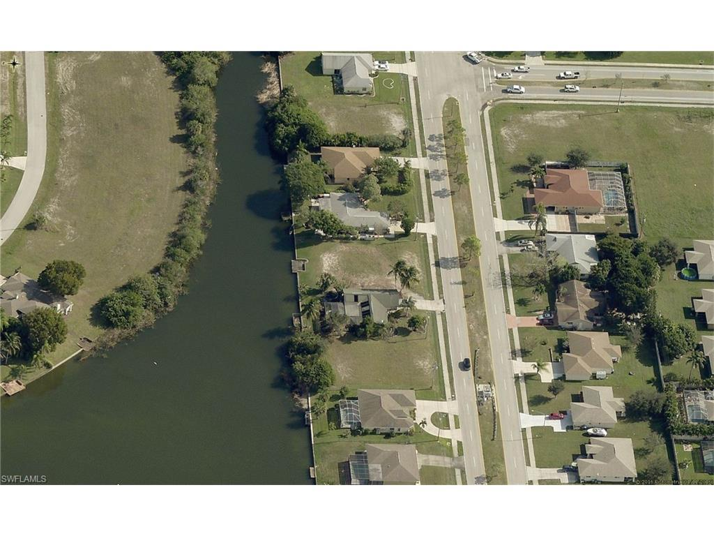 413 Gleason Pky, Cape Coral, FL 33914 (#216063766) :: Homes and Land Brokers, Inc