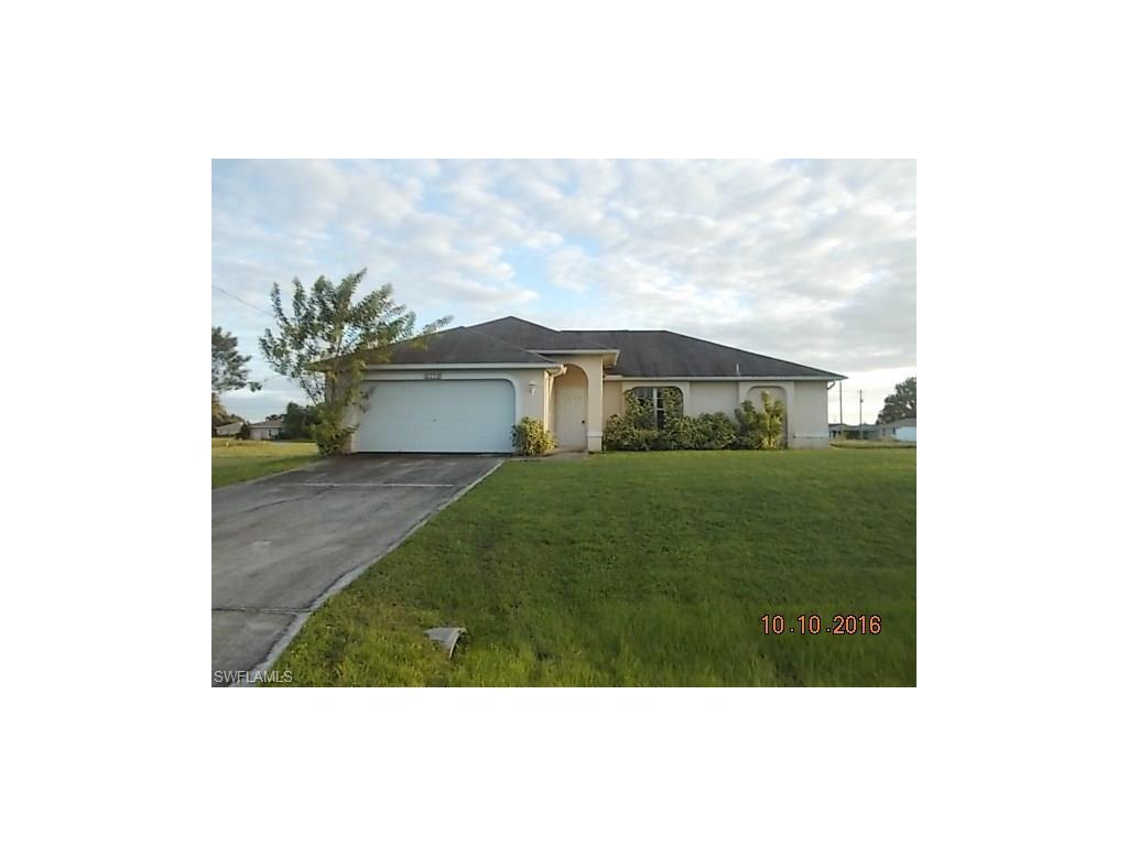 2112 NE 15th Ter, Cape Coral, FL 33909 (#216063798) :: Homes and Land Brokers, Inc