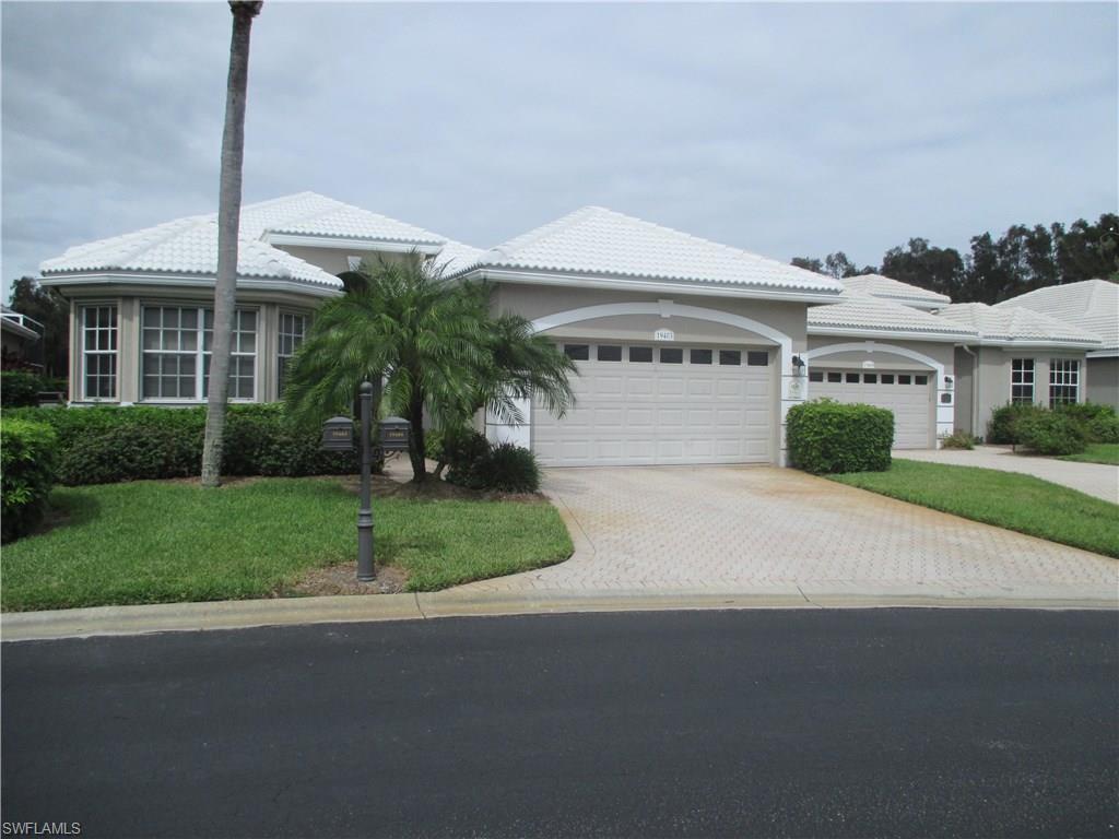19403 Silver Oak Dr, Estero, FL 33967 (MLS #216063883) :: The New Home Spot, Inc.