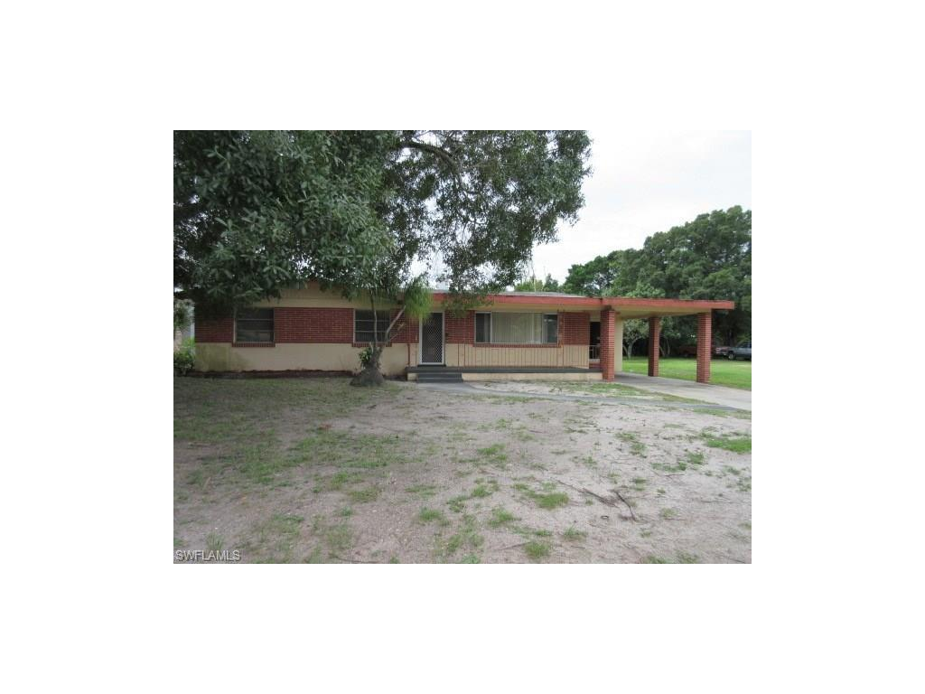 3034 Saint Charles St, Fort Myers, FL 33916 (MLS #216063988) :: The New Home Spot, Inc.