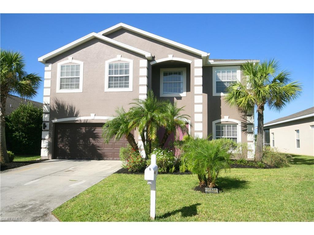 11537 Lake Cypress Loop, Fort Myers, FL 33913 (MLS #216063989) :: The New Home Spot, Inc.