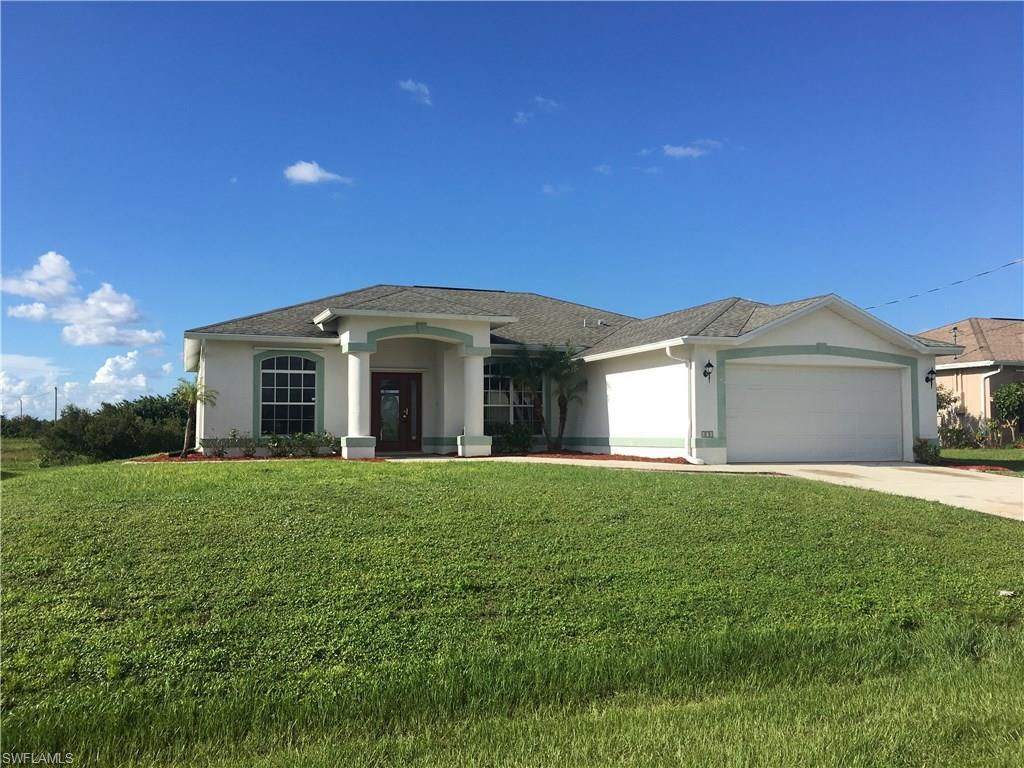 171 Partridge St, Lehigh Acres, FL 33974 (MLS #216064059) :: The New Home Spot, Inc.