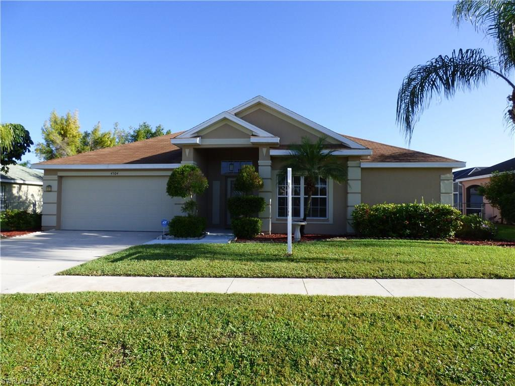 4504 Varsity Lakes Ct, Lehigh Acres, FL 33971 (MLS #216064192) :: The New Home Spot, Inc.