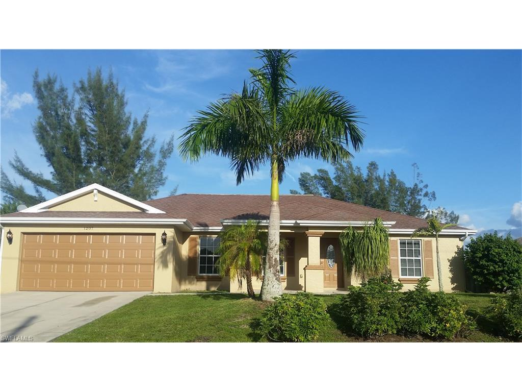 1207 NW 21ST Ave, Cape Coral, FL 33993 (#216064203) :: Homes and Land Brokers, Inc