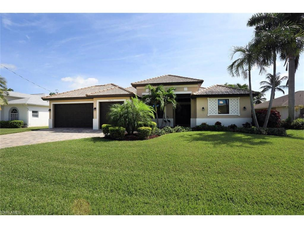 5017 SW 11th Ct, Cape Coral, FL 33914 (#216064225) :: Homes and Land Brokers, Inc