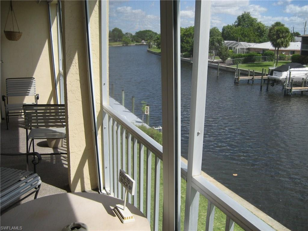 4541 SE 5th Pl #207, Cape Coral, FL 33904 (#216064262) :: Homes and Land Brokers, Inc