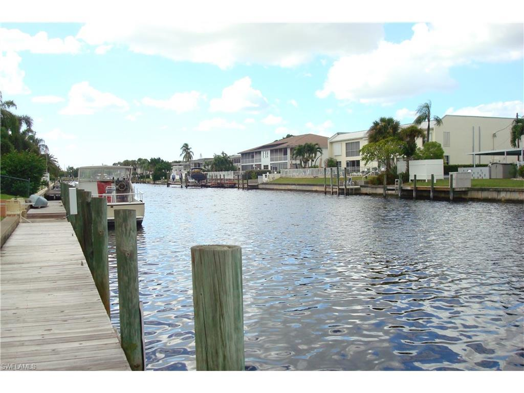 879 SE 46th Ln #4, Cape Coral, FL 33904 (MLS #216064315) :: The New Home Spot, Inc.