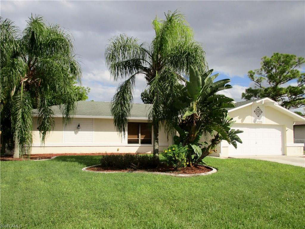 3709 SW 1st Ave, Cape Coral, FL 33914 (#216064343) :: Homes and Land Brokers, Inc