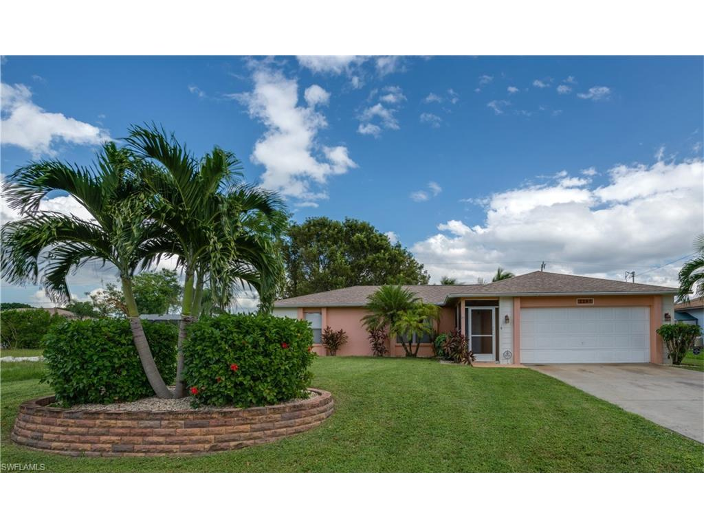 2207 SW 14th Pl, Cape Coral, FL 33991 (MLS #216064390) :: The New Home Spot, Inc.