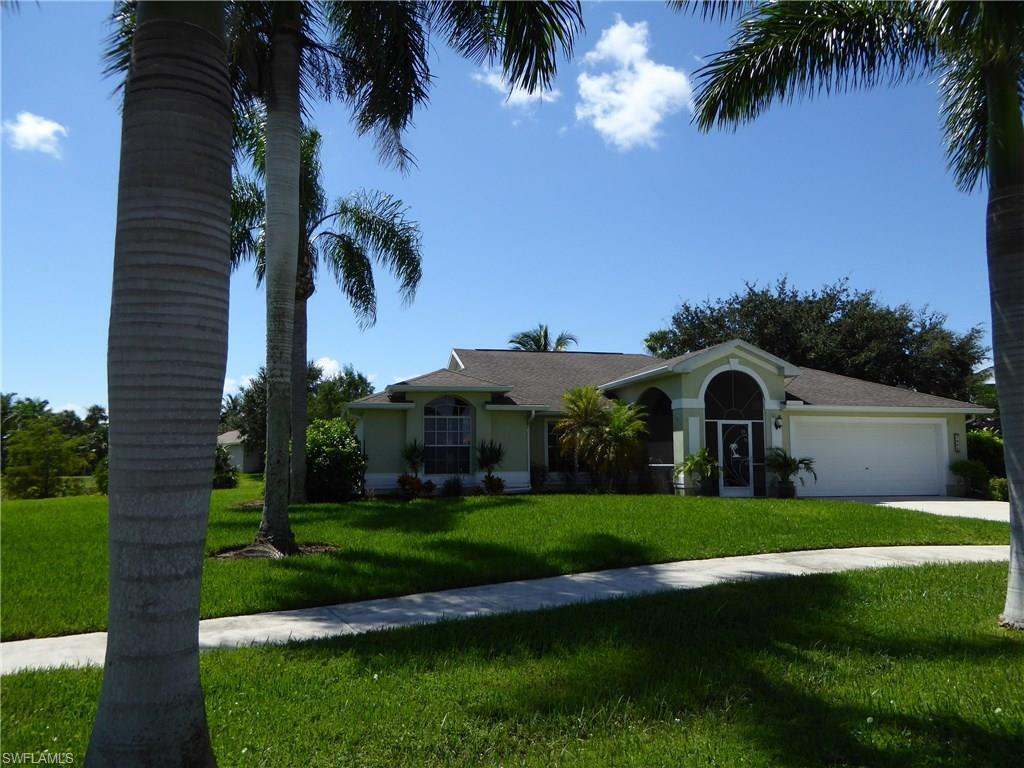 1034 SW 57th St, Cape Coral, FL 33914 (MLS #216064406) :: The New Home Spot, Inc.
