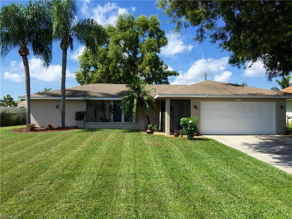 3402 SW 7th Ave, Cape Coral, FL 33914 (MLS #216064520) :: The New Home Spot, Inc.
