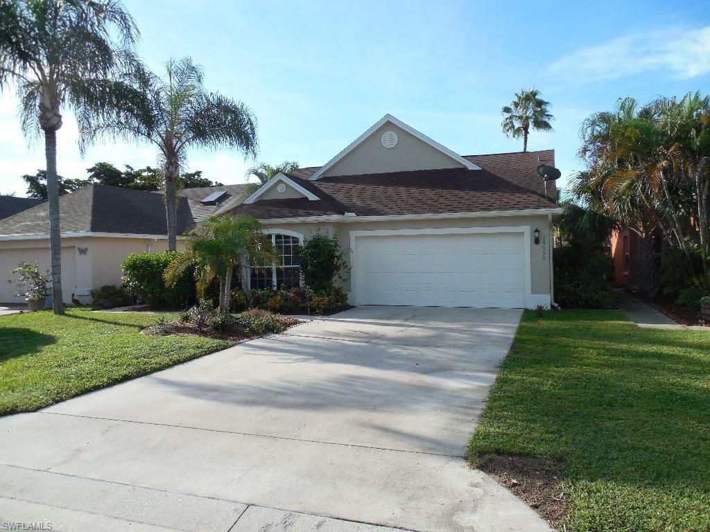 15250 Cricket Ln, Fort Myers, FL 33919 (MLS #216064656) :: The New Home Spot, Inc.