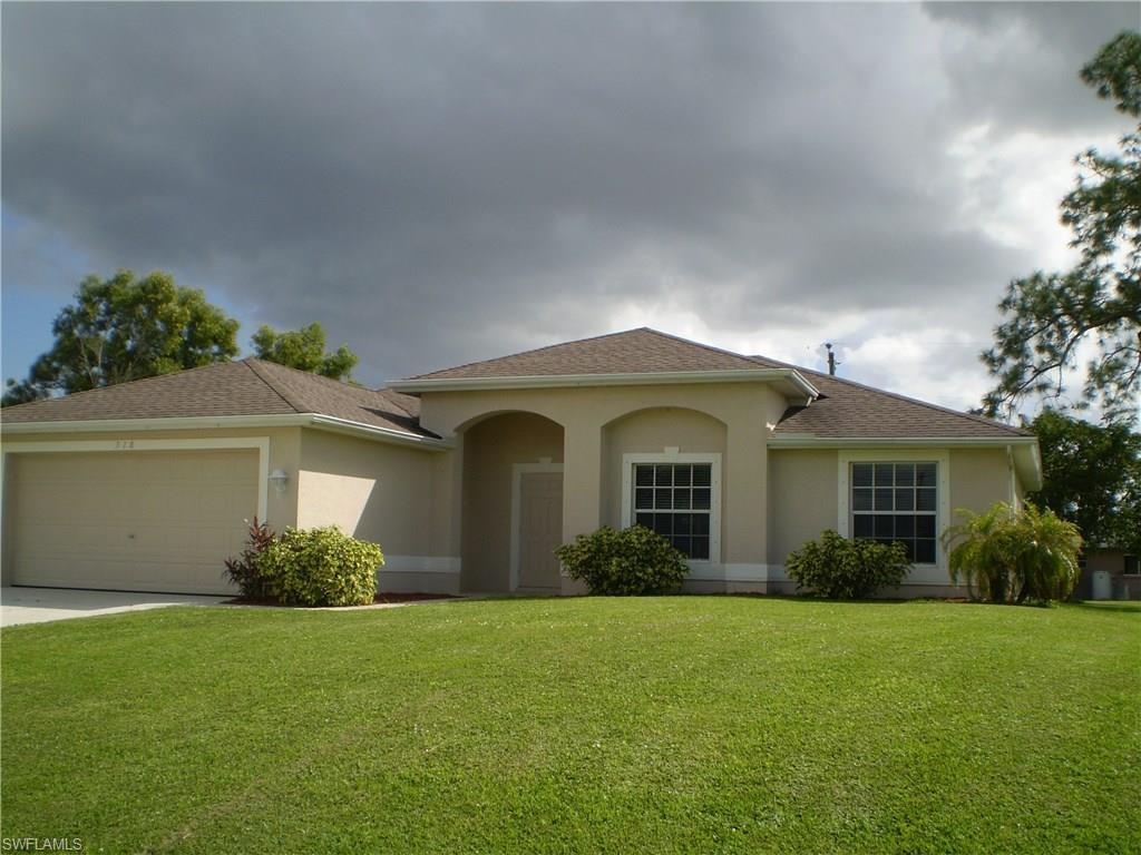 318 SW 16th Ter, Cape Coral, FL 33991 (MLS #216064706) :: The New Home Spot, Inc.